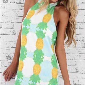 Pineapple beach dress size large
